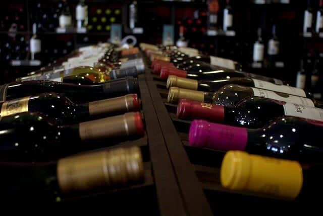 La température de stockage du vin et l'art de déguster