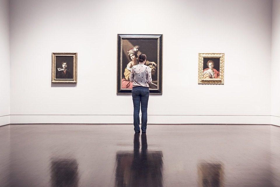 Pourquoi les artistes ont besoin d'une galerie établie ?