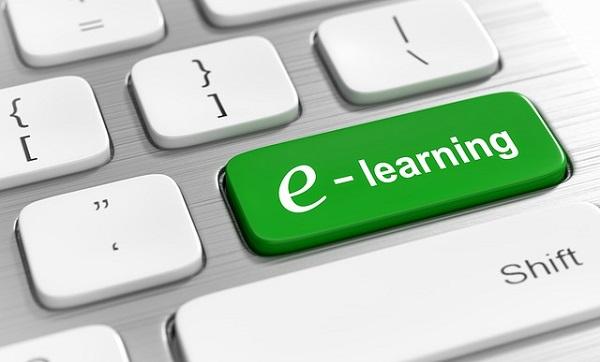 Conseils pour poursuivre des études en ligne