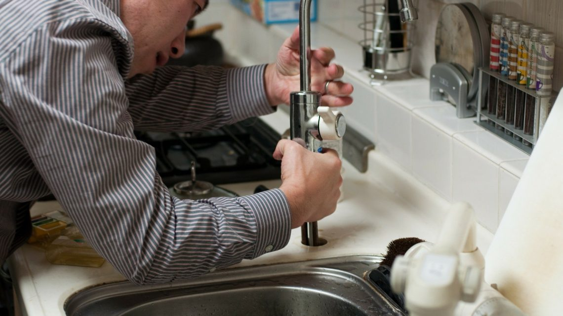 Quel produit pour colmater une fuite d'eau ?